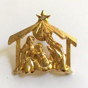 Jewelry - Manger Scene Brooch/Tie Tac